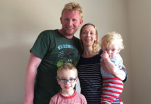 This Is How A Partially Sighted Father Copes With Parenting