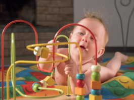 How to Encourage Fine Motor Skills in Your Baby