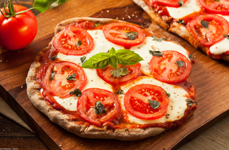 Something For The Weekend – Homemade Pizza Margherita