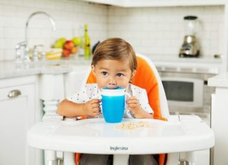 Spill-proof, Spout-Free And Good For Dental Health – The Munchkin Miracle 360 Trainer Cup Is The Only Sippy Cup You'll Need
